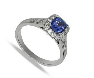 Eighteen carat white gold tanzanite & diamonds cluster ring