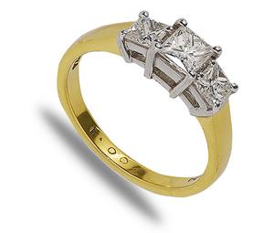 18 carat gold 3 princess cut diamond ring