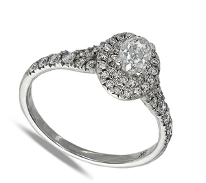 Nine carate white gold oval diamond cluster ring